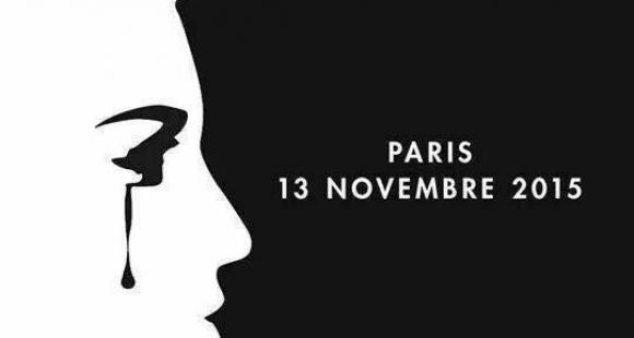 Assister aux drames en France depuis l'étranger